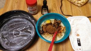 Pan. Wet ingredients. Dry ingredients.